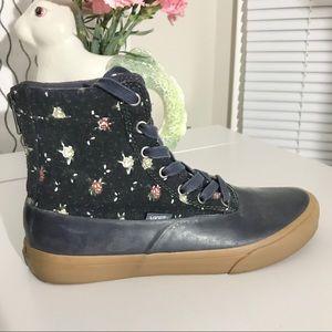 Vans Sk8-Hi Waterproof Navy Floral Sneakers